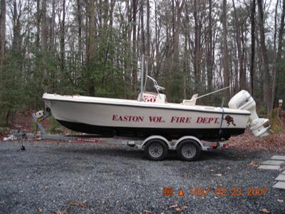 fire department boat with t-top