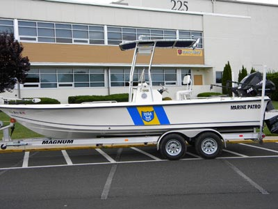 patrol boat with t-top